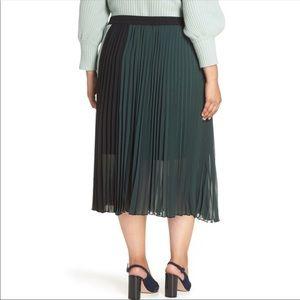 Halogen Skirts - NWT Atlantic Pacific Halogen accordion skirt XXL